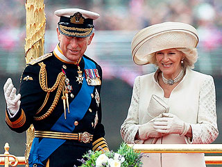 See Charles and Camilla&#39;s Official Christmas Card