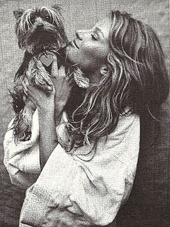 Gisele Pays Tribute to Dog Vida | Gisele Bundchen