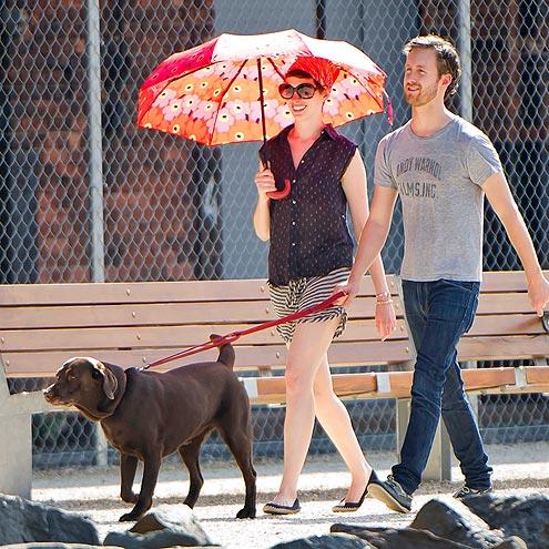 HOT DOG photo | Adam Shulman, Anne Hathaway