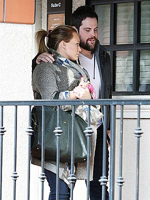 Hilary Duff's Dog Home from Hospital