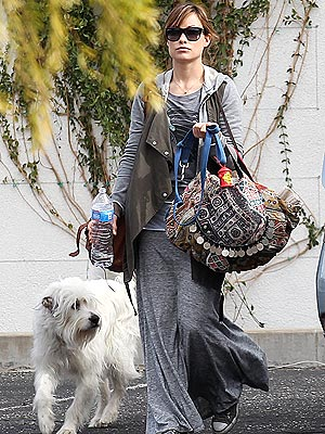 Olivia Wilde & Jason Sudeikis Enjoy Palm Springs Weekend with Dog Paco| Stars and Pets, Dogs, Jason Sudeikis, Olivia Wilde