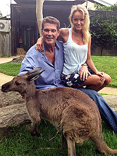 David Hasselhoff & Hayley Roberts Spend a Romantic Day at the Zoo | David Hasselhoff