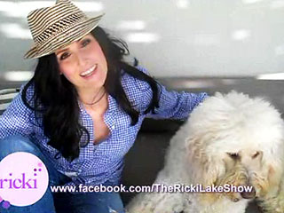 Meet Ricki Lake's 'Daughter,' Goldendoodle Jeffie | Ricki Lake