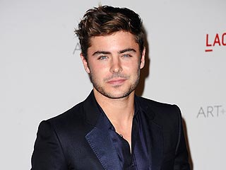Zac Efron Dances to Drake in West Hollywood | Zac Efron