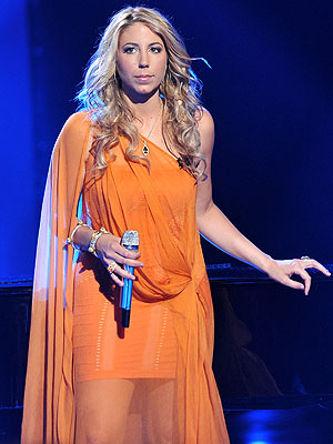American Idol: Elise Testone Cries Over Sick Dog