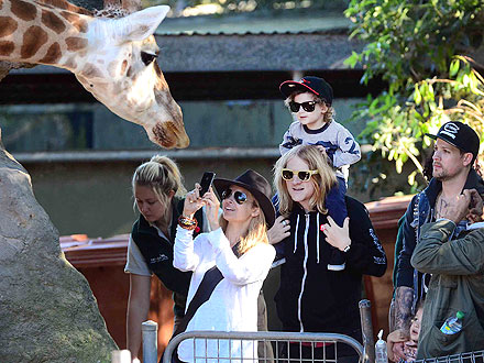 Nicole Richie & Joel Madden Enjoy a Family Day at the Zoo| Stars and Pets, Zoo Animals, Joel Madden, Nicole Richie