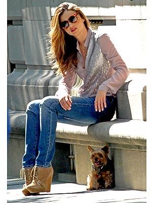 Miranda Kerr Brings Frankie to a Photo Shoot
