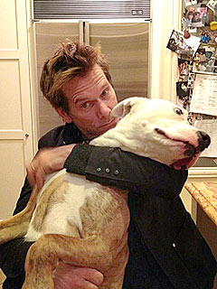 Splash! Kevin Bacon Swims with His Dog | Kevin Bacon