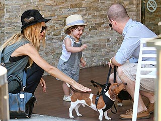 Rachel Zoe & Baby Skyler Make Furry Friends | Rachel Zoe