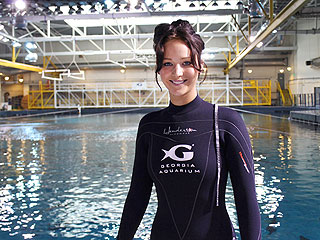 Real-Life Hunger Games! Jennifer Lawrence Swims with Sharks | Jennifer Lawrence