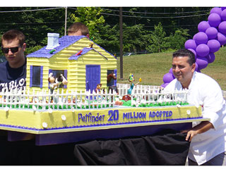 First Look: Cake Boss Celebrates Petfinder Milestone