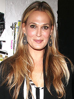Molly Sims: Mommy and Me Makes Me Competitive