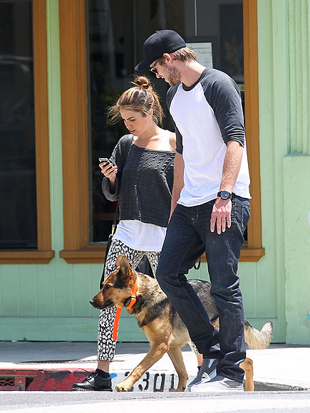 LIAM HEMSWORTH & NIKKI REED photo | Liam Hemsworth, Nikki Reed