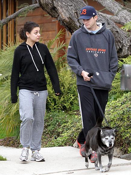 MILA KUNIS & ASHTON KUTCHER photo | Ashton Kutcher, Mila Kunis