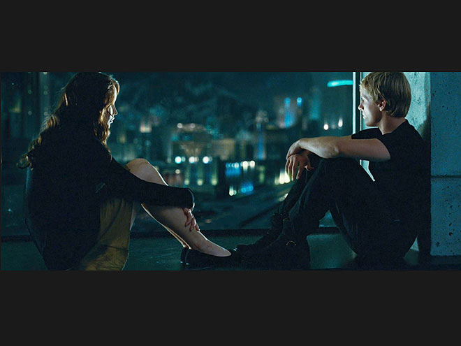 What did Peeta give Katniss in her time of need before the games?