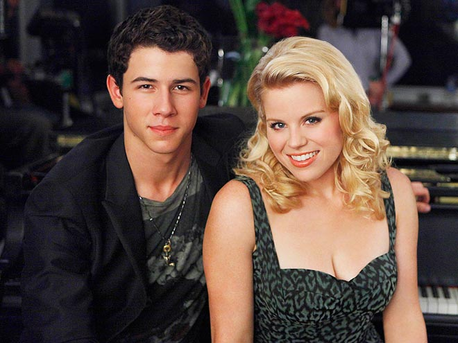 Nick Jonas is reportedly making sweet music with this golden-voiced star: