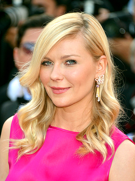 BEST USE OF A CURLING IRON: KIRSTEN DUNST photo | Kirsten Dunst