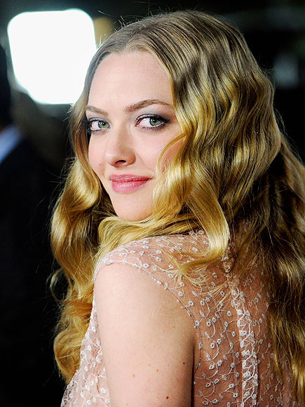 AMANDA SEYFRIED, 26