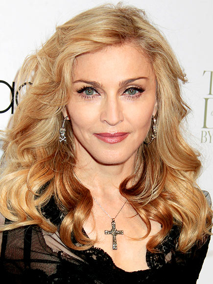 MADONNA, 54