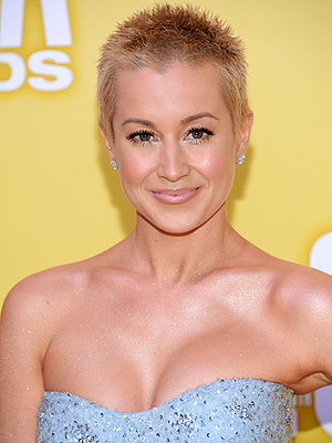Kellie Pickler Hair CMAs