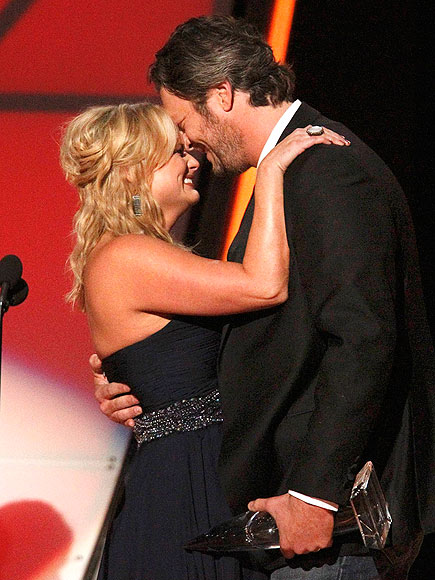 BLAKE SHELTON & MIRANDA LAMBERT photo | Blake Shelton, Miranda Lambert
