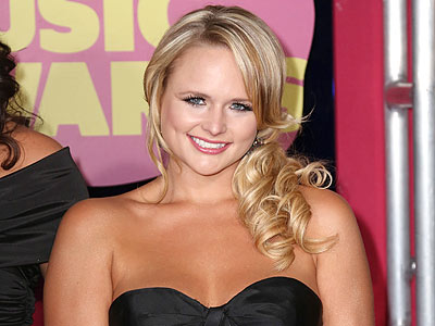 Country's Hottest Sparkle at the CMTs | Miranda Lambert
