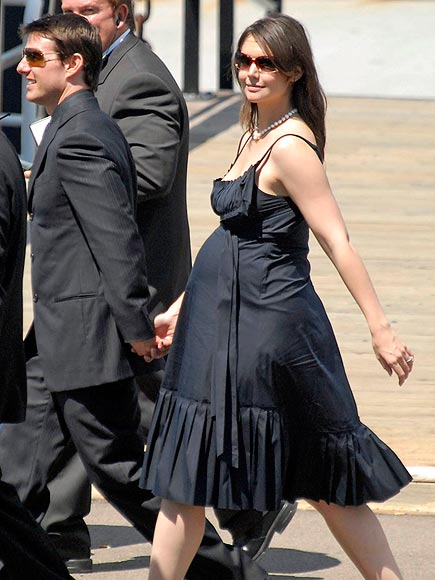 BUMP, THERE IT IS! photo | Katie Holmes, Tom Cruise
