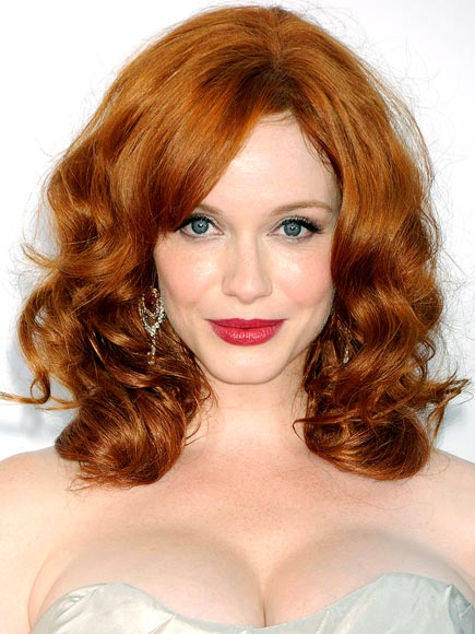 CHRISTINA HENDRICKS&#39;S SOFT WAVES & BOLD LIPS photo | Christina Hendricks