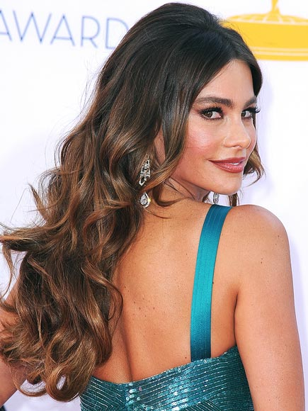 SOFIA VERGARA'S BOMBSHELL WAVES photo | Sofia Vergara