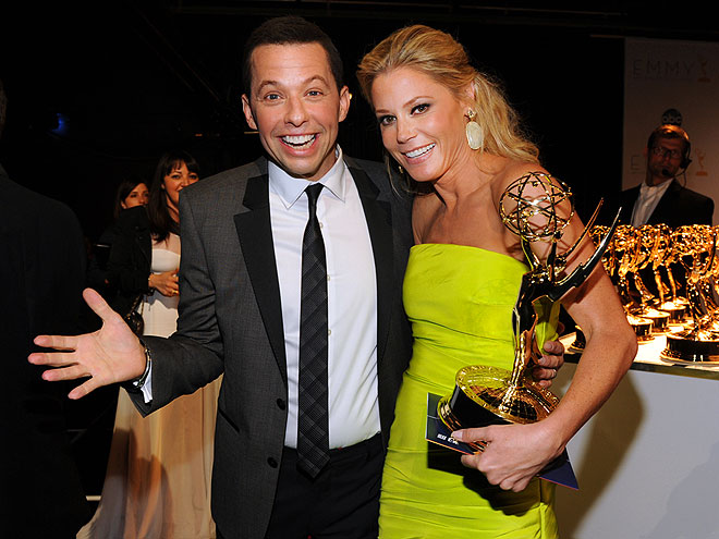 FUN TIMES photo | Jon Cryer, Julie Bowen