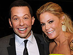 Can&#39;t-Miss Moments from Emmys Night | Jon Cryer, Julie Bowen