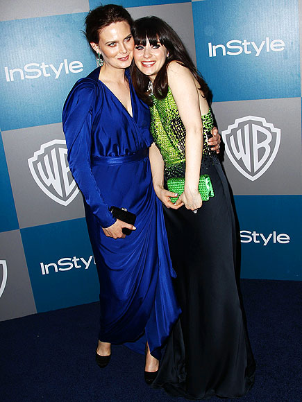 SISTER, SISTER photo | Emily Deschanel, Zooey Deschanel