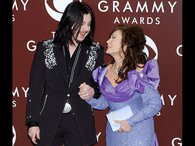 JACK WHITE & LORETTA LYNN, 2005 photo | Jack White, Loretta Lynn