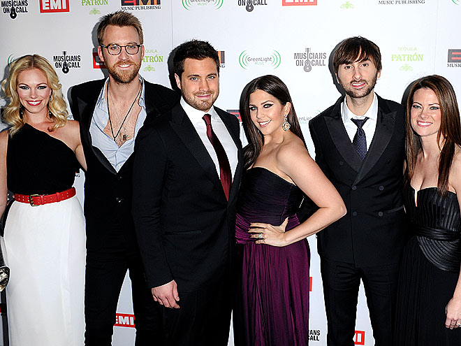 THREE'S COMPANY photo | Charles Kelley, Dave Haywood, Hillary Scott, Lady Antebellum