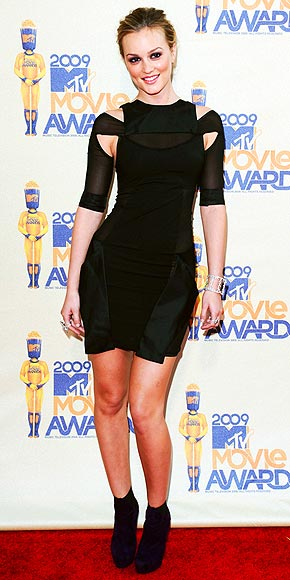 2009: LEIGHTON&#39;S TRENDY LBD photo | Leighton Meester