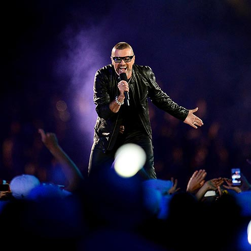 BY GEORGE, HE'S BACK! photo | George Michael