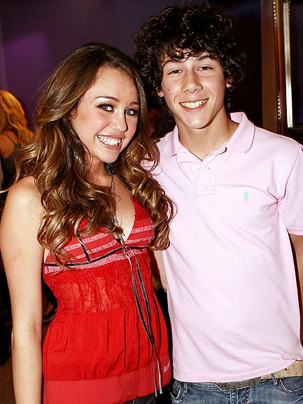 NICK & MILEY