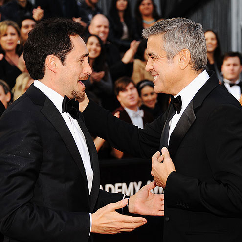  photo | Demian Bichir, George Clooney