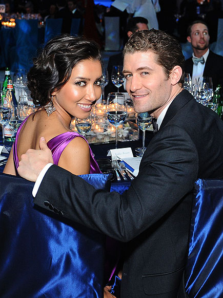 WARM SHOULDER photo | Matthew Morrison