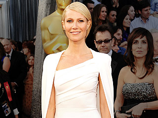 Oscars 2012 Fashion Risk Takers | Gwyneth Paltrow