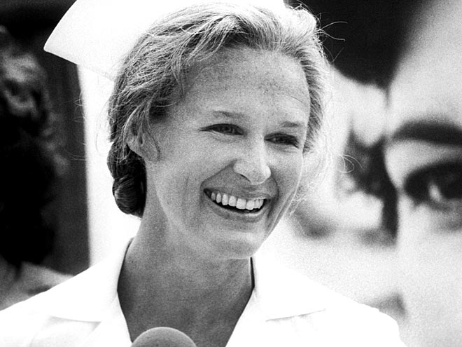 GLENN CLOSE