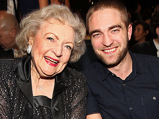 People&#39;s Choice Awards: What You Didn&#39;t See on TV! | Betty White, Robert Pattinson