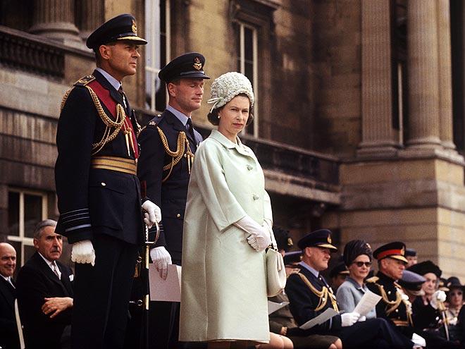 QUEEN ELIZABETH II  photo | Queen Elizabeth II