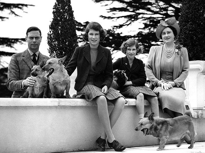 Георг VI с семьей