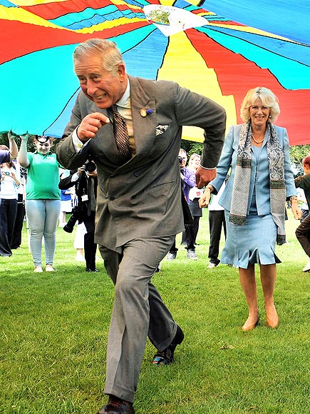 SEE CHARLES RUN photo | Camilla Parker Bowles, Prince Charles