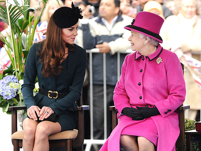 GOSSIP GIRLS photo | Kate Middleton, Queen Elizabeth II
