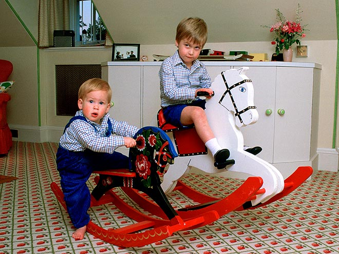 HORSE PLAY