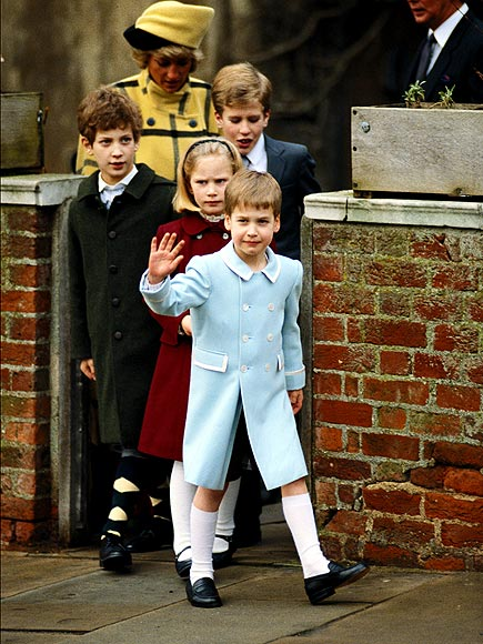 HOLIDAY SALUTE