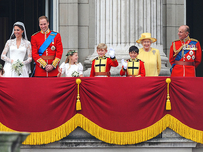 ROYAL APPROVAL photo | Kate Middleton, Prince Philip, Prince William, Queen Elizabeth II