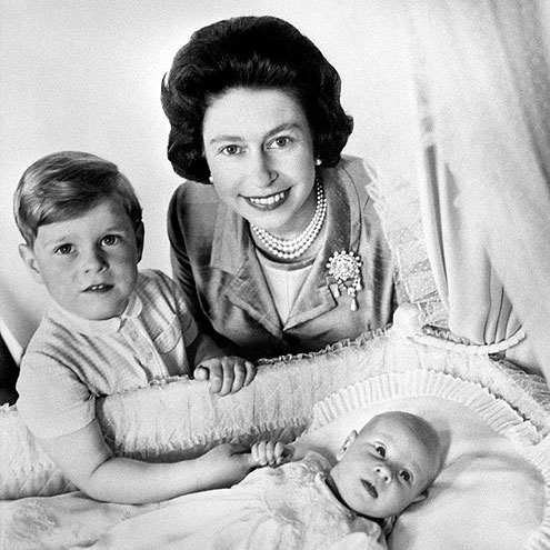 WORKING MUM photo | Prince Andrew Windsor, Prince Edward, Queen Elizabeth II